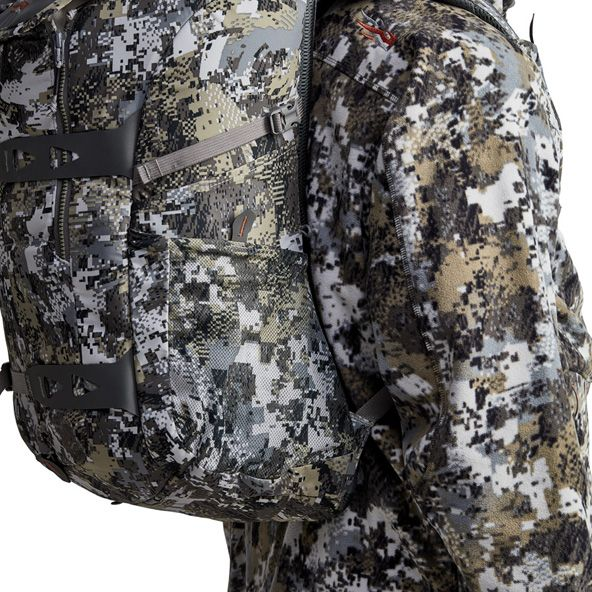Tool Bucket Whitetail Pack side pockets