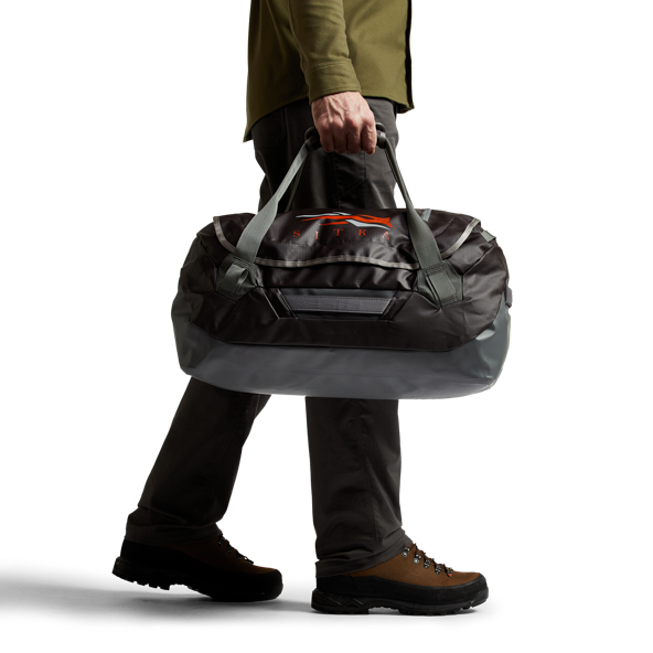 Drifter Duffle 50L in Lead carrying straps
